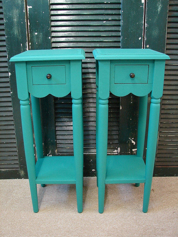 Tall accent table a stylish item for utilizing the empty for Tall narrow end table