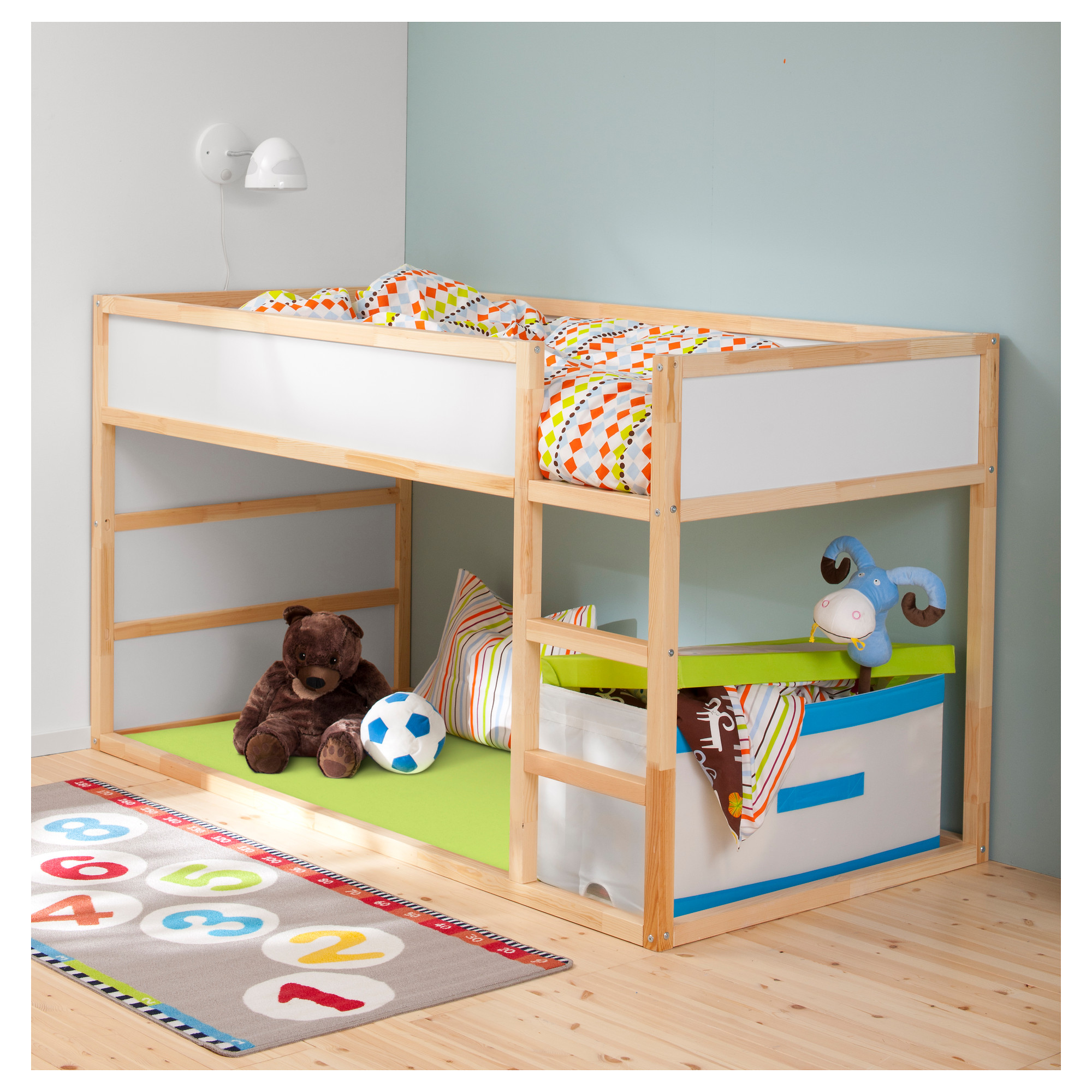 ikea kids loft bed a space efficient furniture idea for. Black Bedroom Furniture Sets. Home Design Ideas
