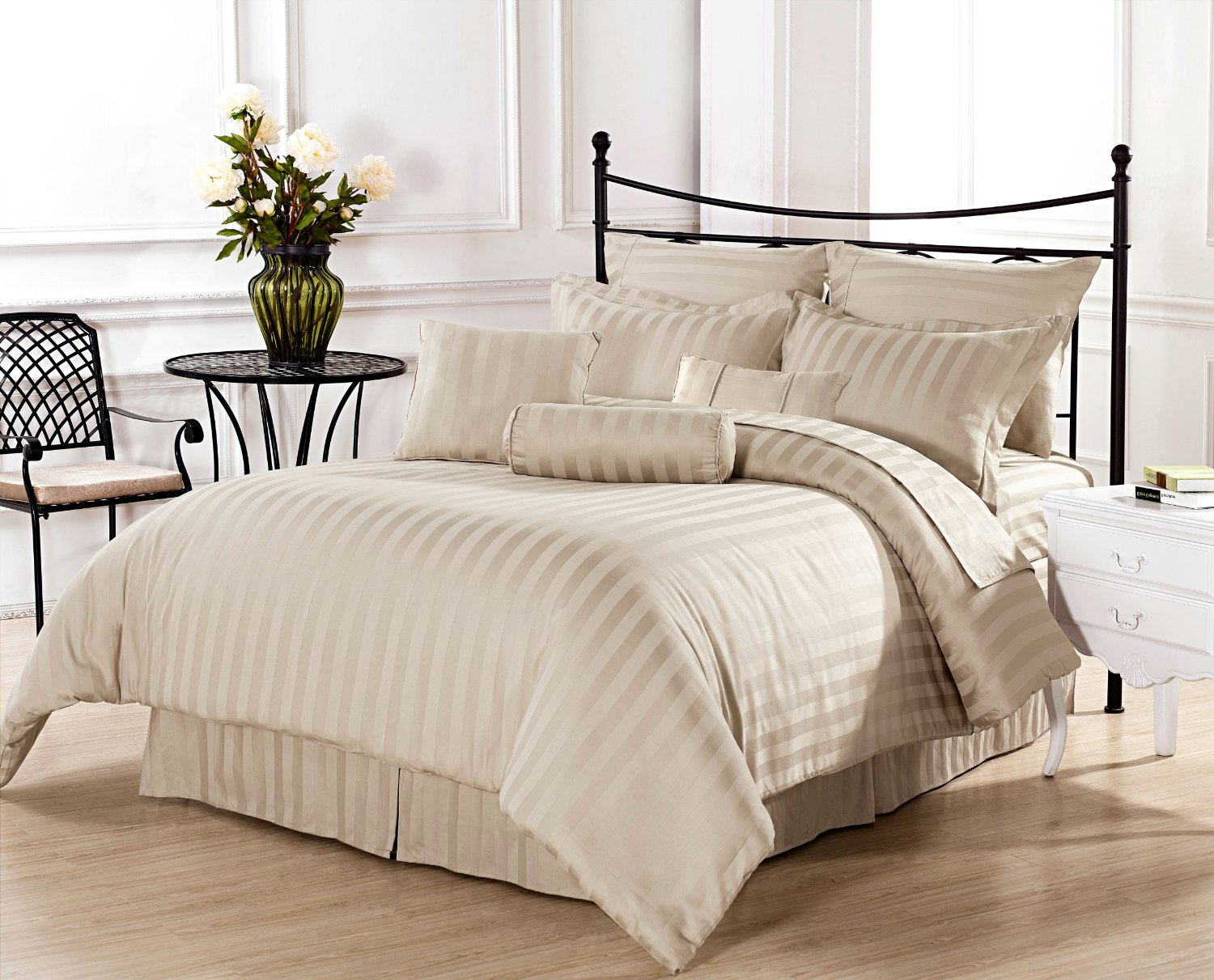beige and white bedding products for creating warm and elegant  - simple beige and white bedding set idea