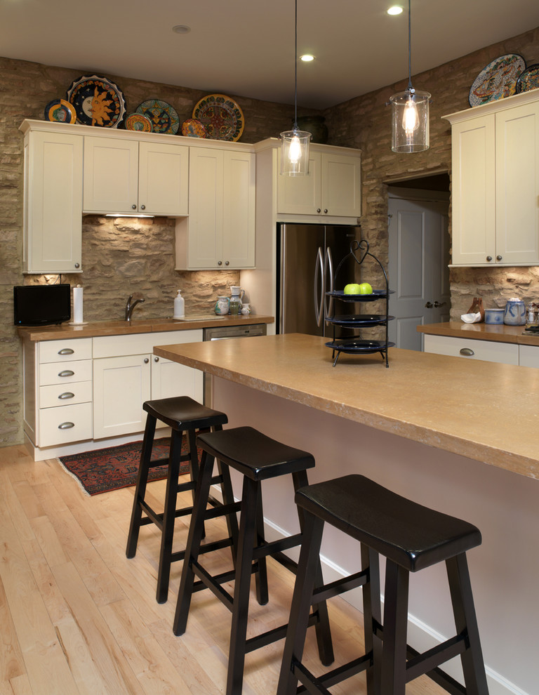 Kitchen and dining room best solution for achieving space - Modern rustic kitchen cabinets ...