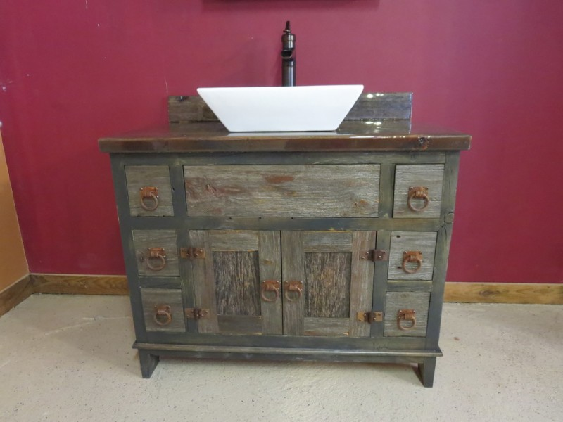reclaimed wood vanity idea with free standing tub in white glossy wood countertop and hard metal ring cabinets' handles
