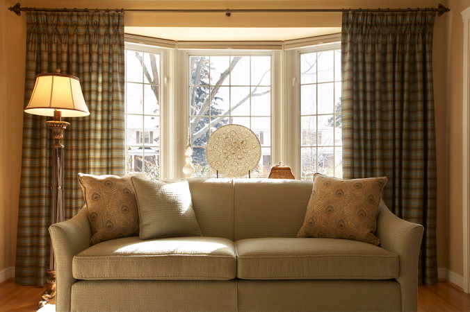 traditional window curtains for basement light cream sofa with accent pillows traditional floor lamp cream painted walls