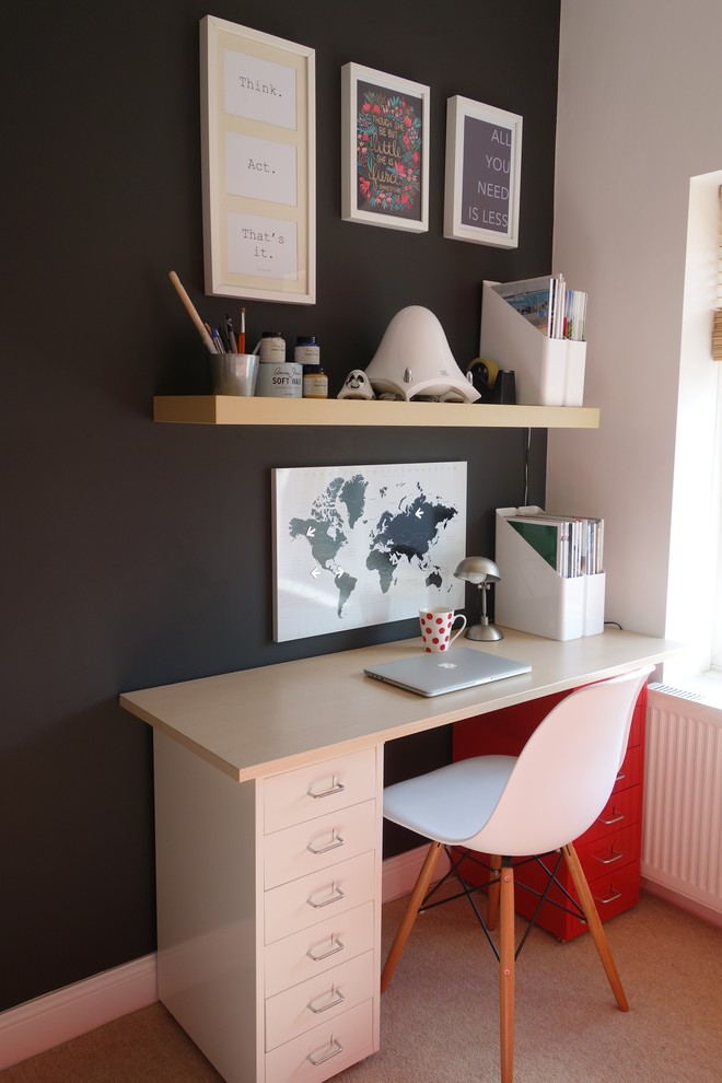 contemporary home office design pale toned freetsanding working table with red drawer system mid century modern working chair black doff wall system wood floating shelf