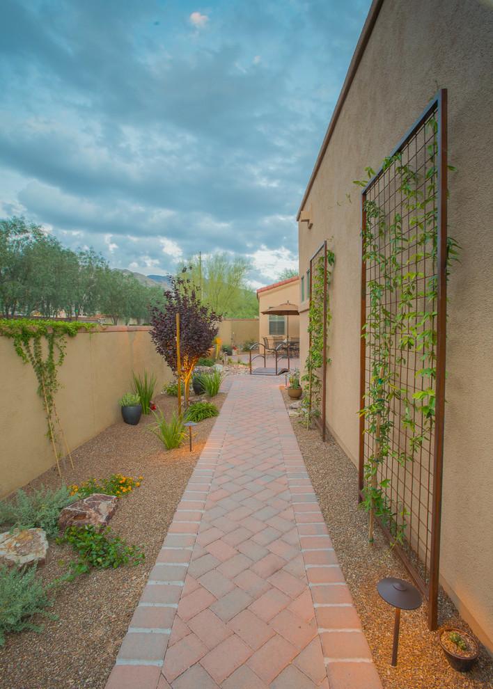 Adorable outdoor lighting ideas for eclectic exterior for Side of house garden design