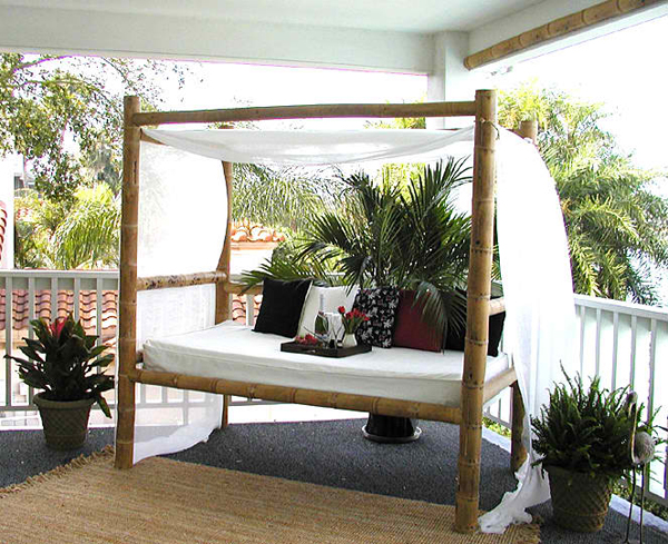 outdoor bamboo daybed with canopy and fabrics