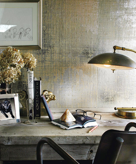 metallic finish wall idea for home office