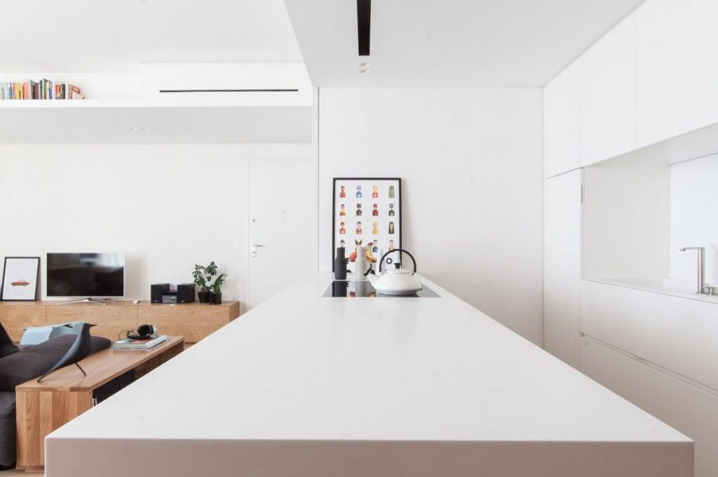 bright & clean look corian kitchen countertop in white
