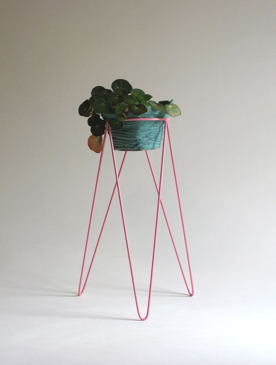 hairpin leg plant stand made of natural steel