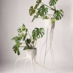 Modern White Plant Stands With Tiny & Wavy Legs