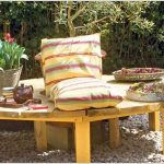Wooden Garden Bench In Round Shape And A Middle Seat Addition