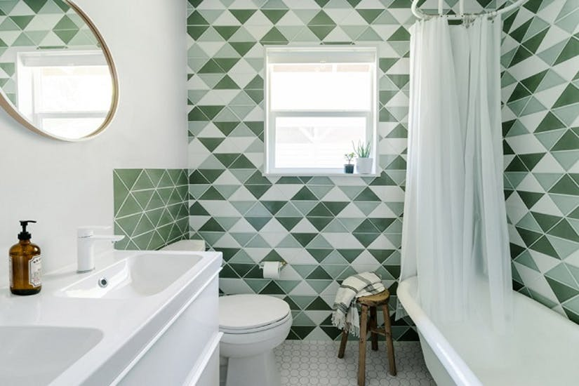 triangular & octagonal shaped tile walls for bathroom white bathroom sink and bathtub round shaped mirror with metal frame