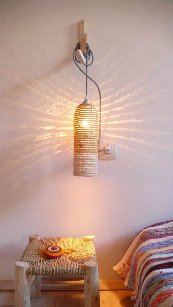 natural raffia light fixture with textile cable