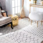 Vintage Area Rug With Geometric Patterns