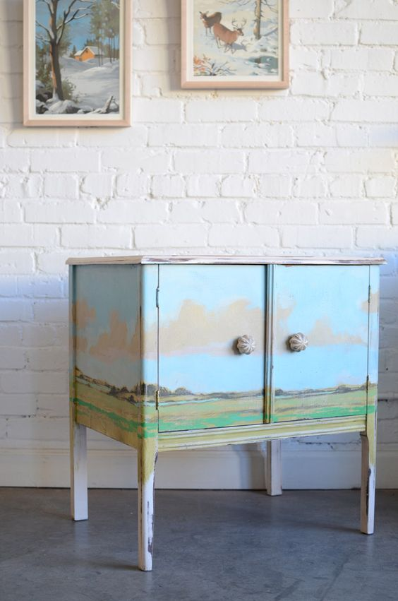 versatile dresser in chic vintage look