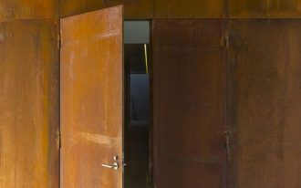 rusting steel door and walls idea for brutalism home idea