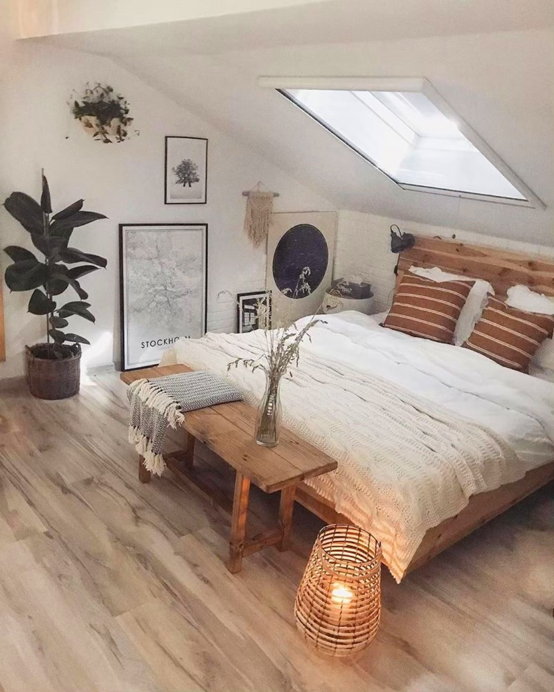 modern master bedroom design with wood bench bed white bedding linen dusty white blanket glass skylights with wood frames