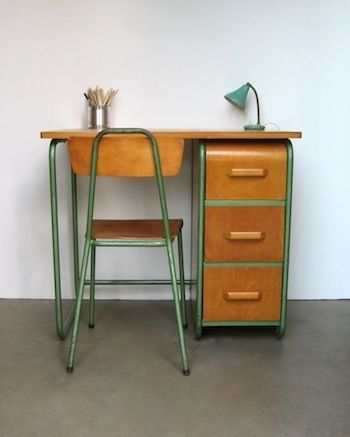 tiny working desk with green frame and drawer system