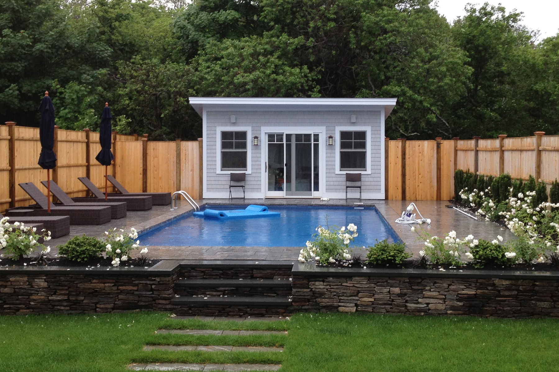 Small Swimming Pool Design For Your Lovely House Homesfeed