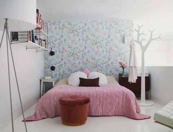 Fl Wallpaper White Painted Wall Large Bed Tree Shaped Hanger Ceramic Tiled Flooring Iron