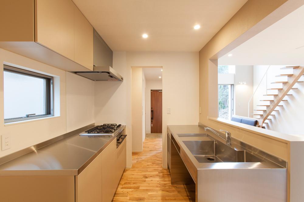 Beautiful Minimalist Japanese Kitchen Style | HomesFeed