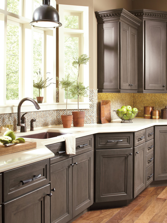 Lovely Colors for Your Kitchen Cabinets - HomesFeed