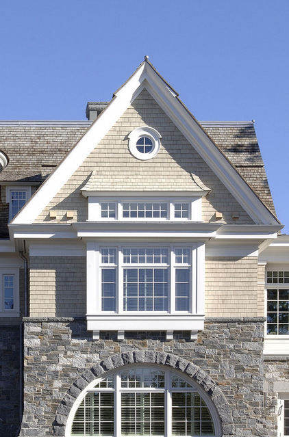 Enhancing House Architecture Design With Ox Eye Window