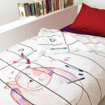 doodle bedding idea with red pillow wall-bookshelf