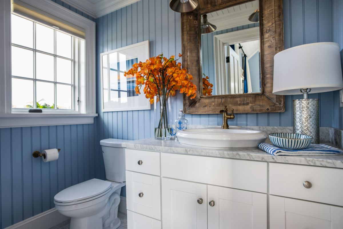 choosing the right bathroom color scheme to show your 12315