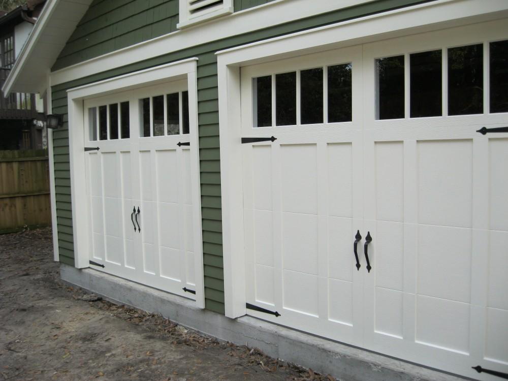 Door Handle Types >> Craftsman Style Garage Doors | HomesFeed