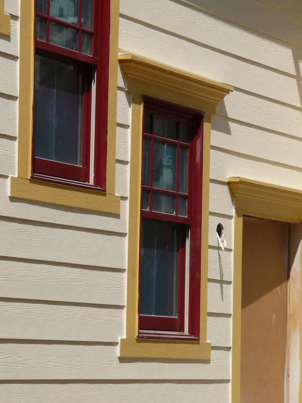 Hottest exterior outside window trim homesfeed for Outside exterior design