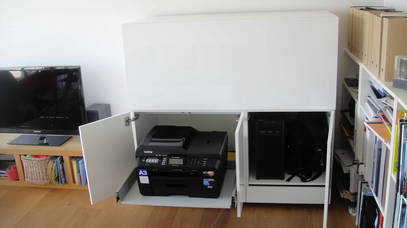 printer stand ikea a smart solution to organize your printer homesfeed. Black Bedroom Furniture Sets. Home Design Ideas