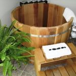 Classic Nice Traditional Nice Natural Original Japanese Soaking Tub With Wooden Round Concept Small Concept With Board Way