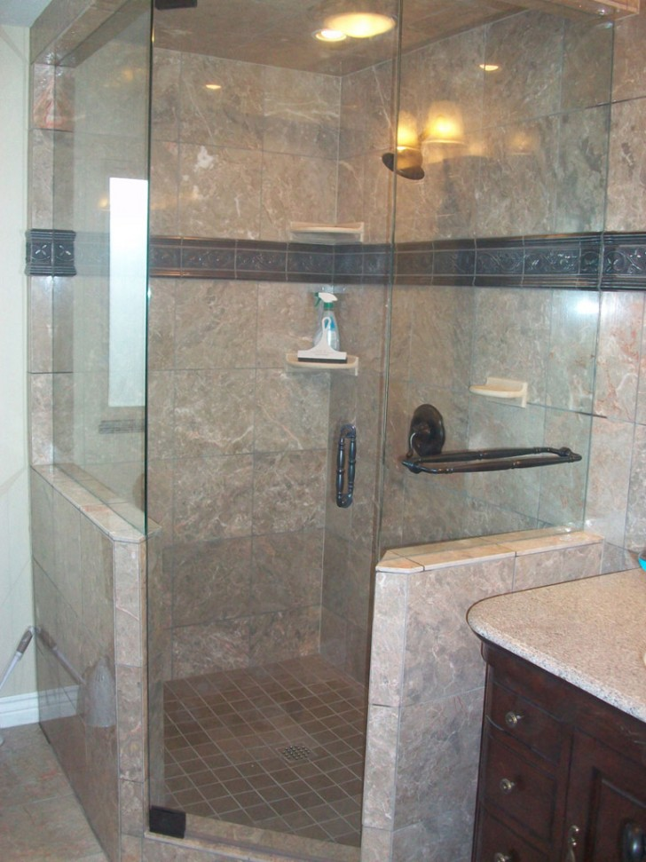 How Wonderful is Built In Modern Shower Design? - HomesFeed