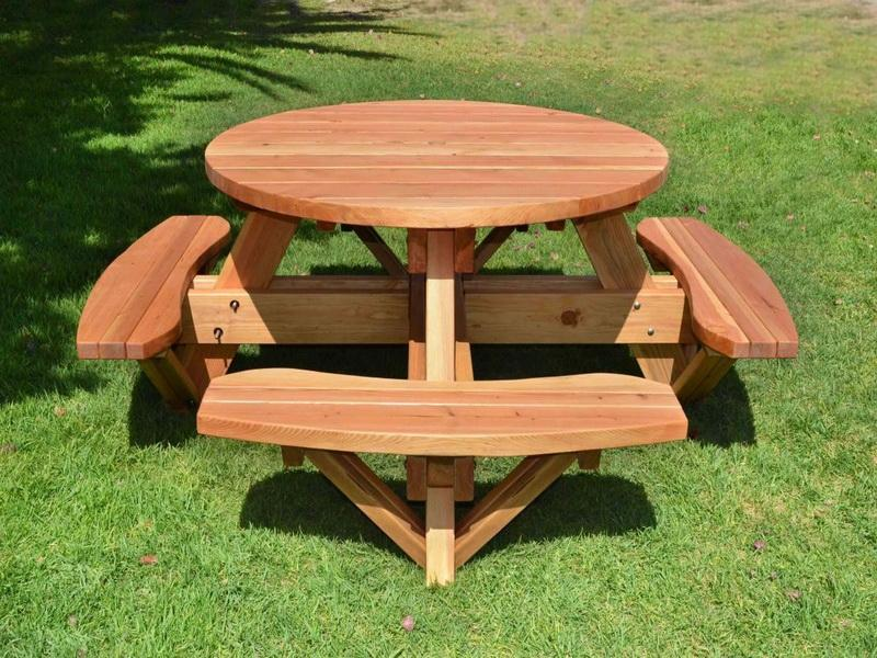Cool Picnic Table: The Use and Varieties | HomesFeed