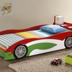 wonderful-nice-cool-simple-race-car-bed-for-toddler-with-modern-car-bed-toddler-made-of-wood-design-concept-with-green-red-coloring