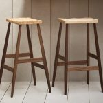wood backless bar stools with different size of seating panel