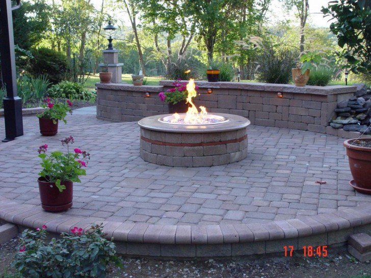 Extraordinary Patio with Fire Pit Concept for Big House ... on Simple Patio Designs With Fire Pit id=64362