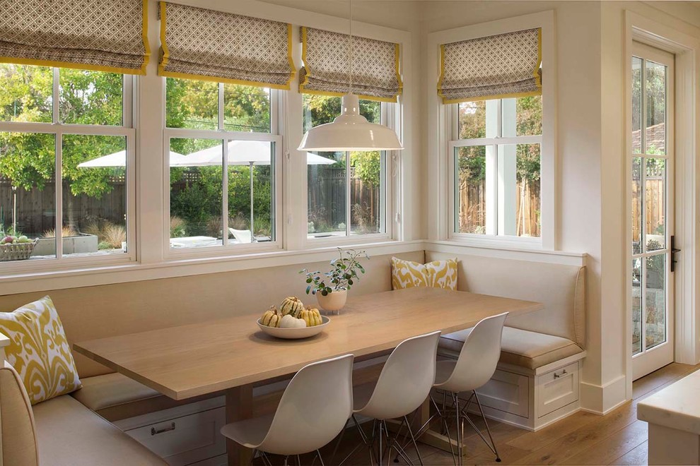 Cozy Dining Space: Cozy Dining Space With Banquette Seating Ideas