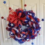 fourth of july wreath with blue white red stars made of siphon ribbon braid wreath with american flag color
