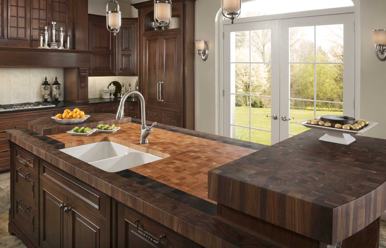 Kitchen Countertops: Creative Kitchen Counter-top Design Disguises Low Cost