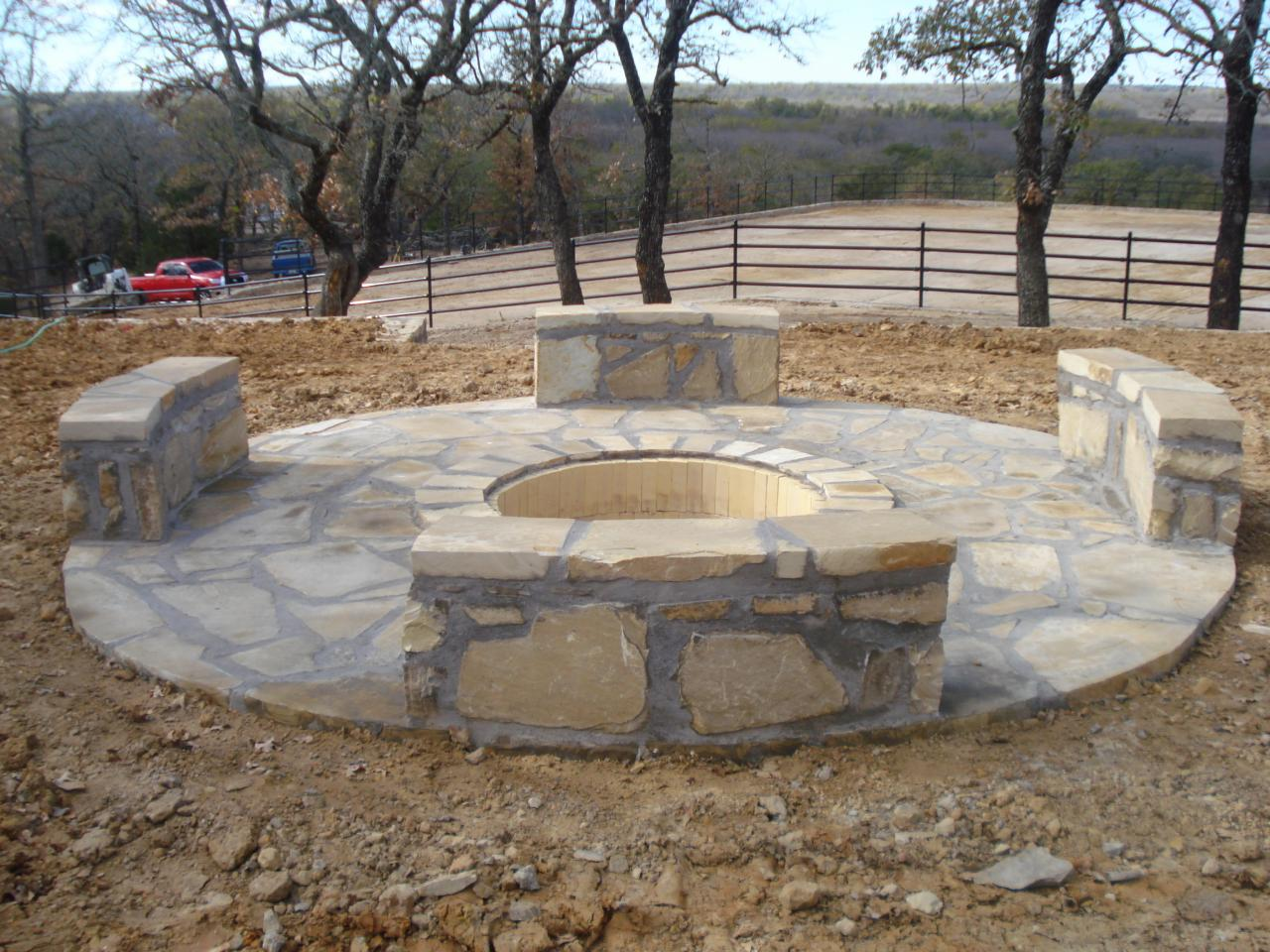 Build A Flagstone Fire Pit