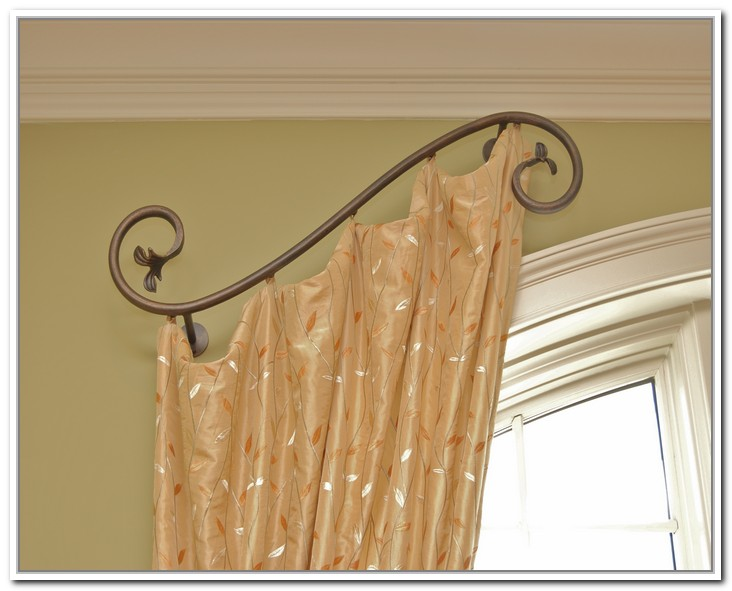Simple But Artistic Metal Half Rod With Gold Color Curtain