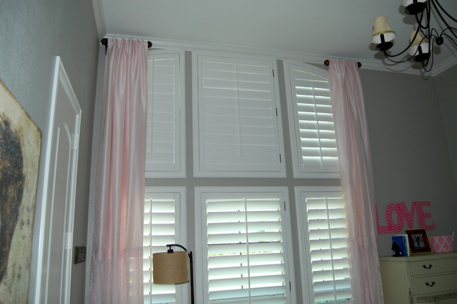 Make Your Interior To Be More Delightful With Half Curtain
