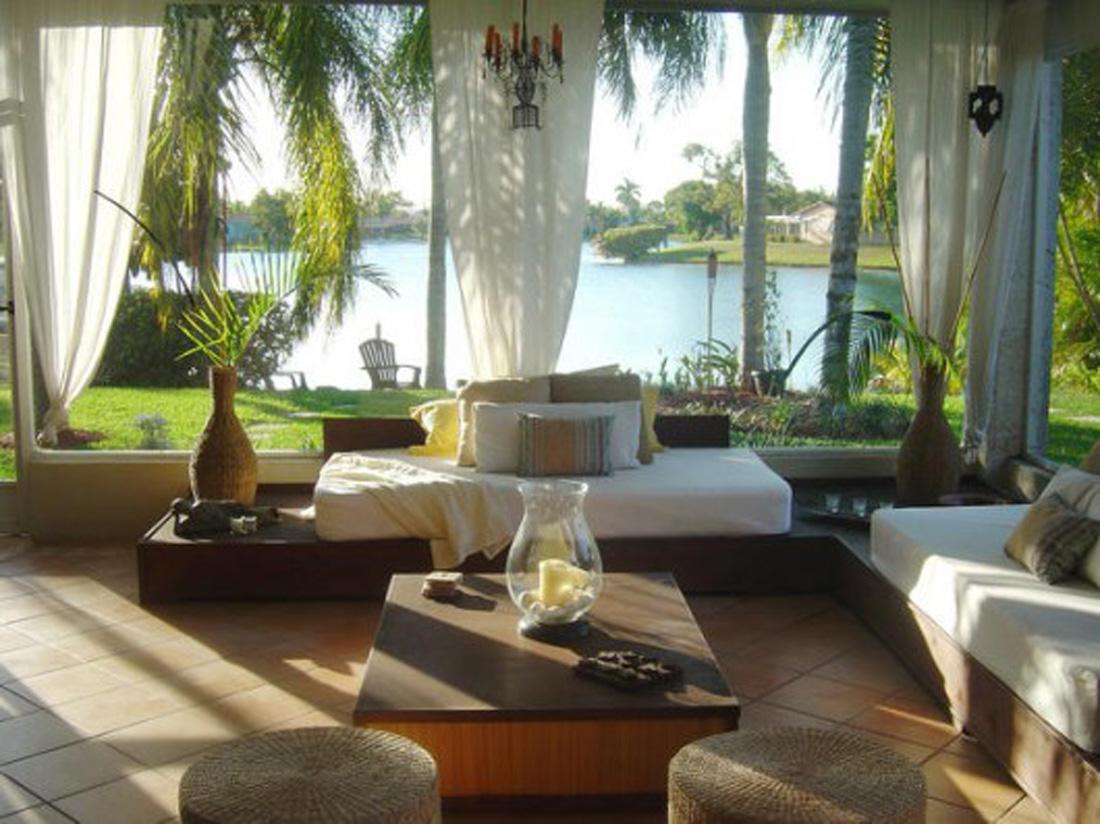 Exquisite Furniture Juggles Sun Porch Into A Comfortable