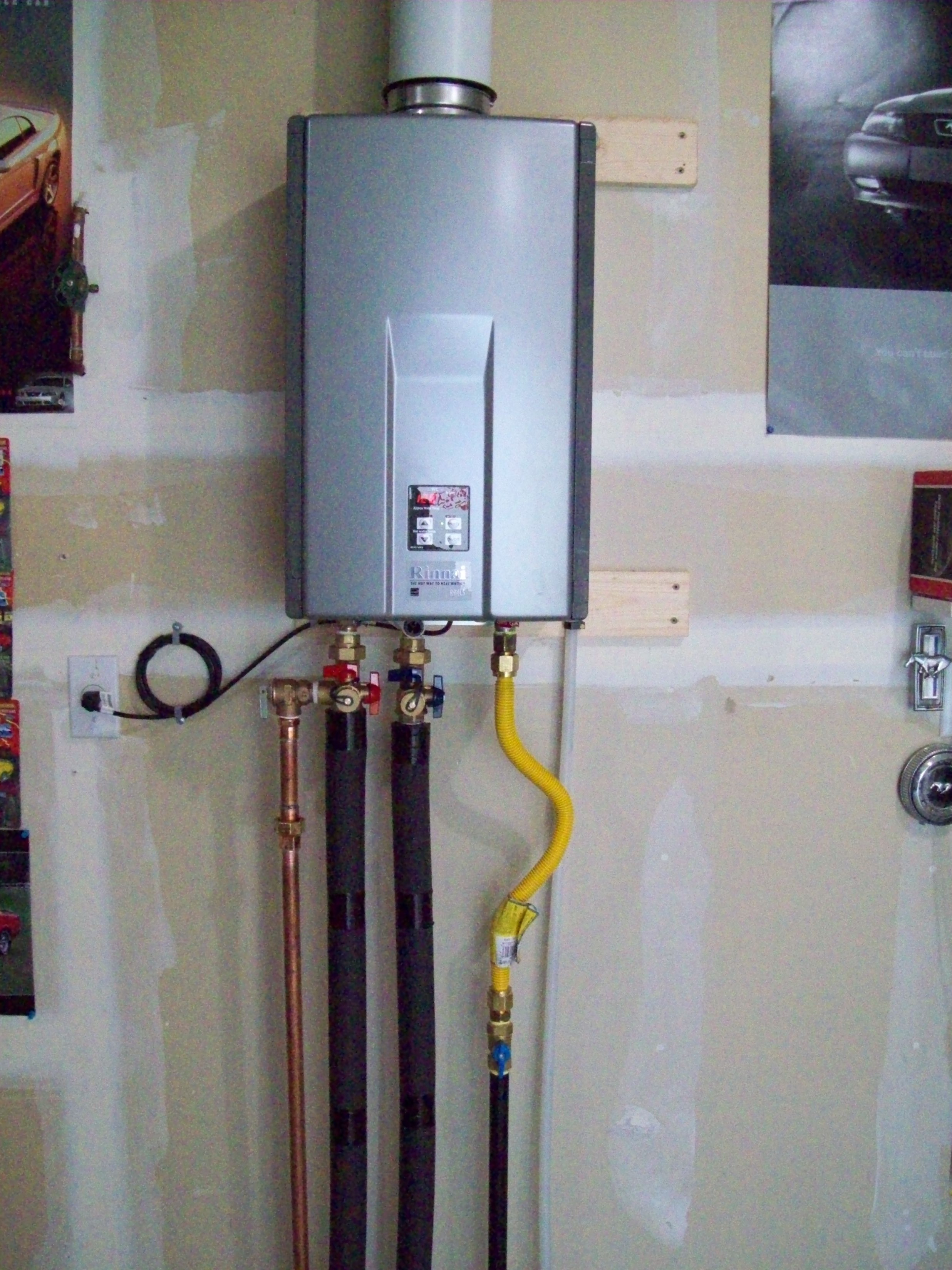 Instant Hot Water Heater Home : Tankless water heater advantages for your consideration
