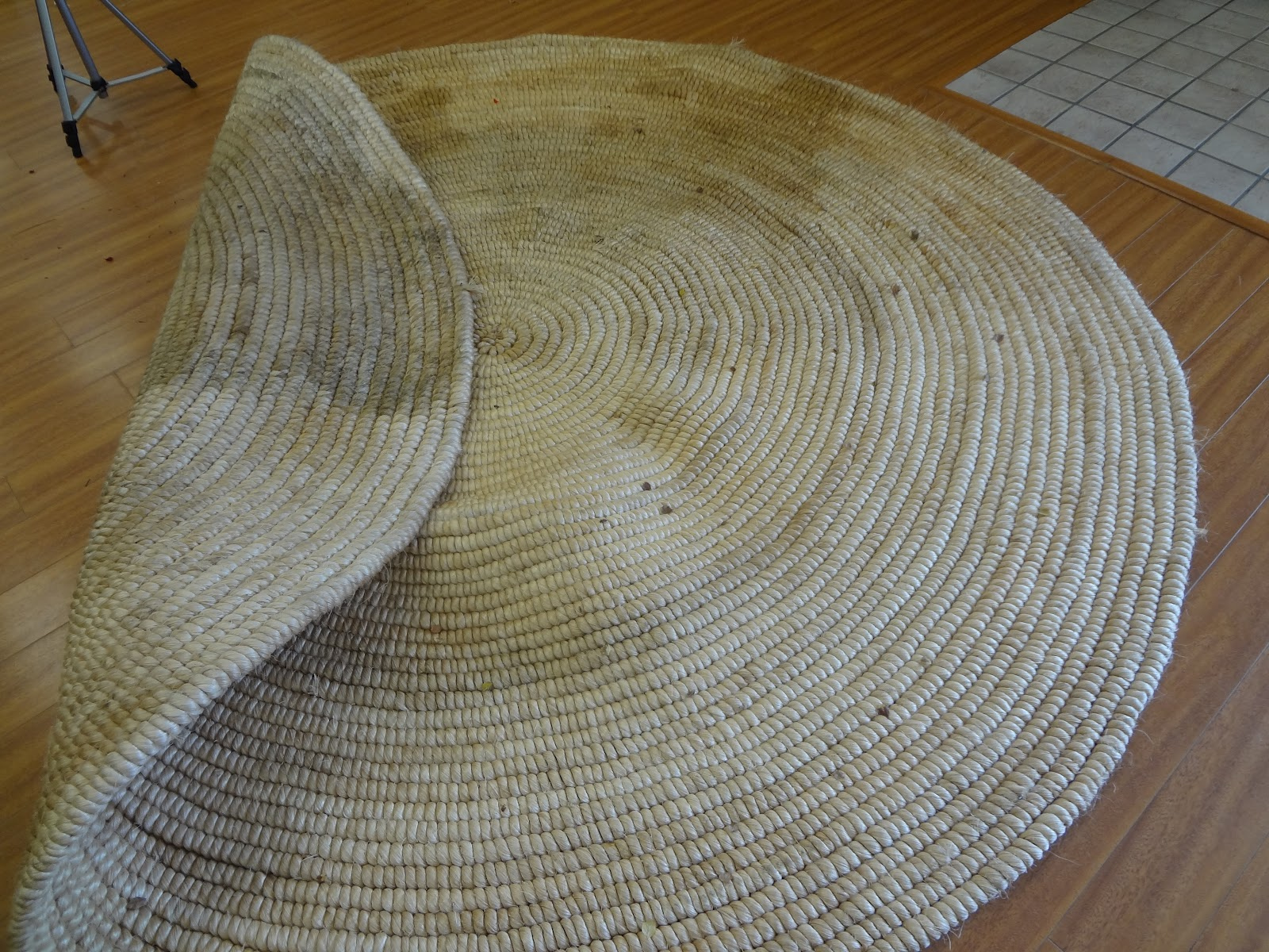 Easy Tips How To Clean Up Your Beautiful Jute Rugs Without Being Afraid To Be Damage Homesfeed