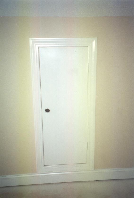 Traditional door casing styles vs contemporary door casing for Door frame color ideas