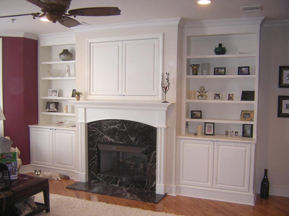 Adorable Interior Ceiling Fan Design With Black Marble Mantel White Built In Bookshelves Desin