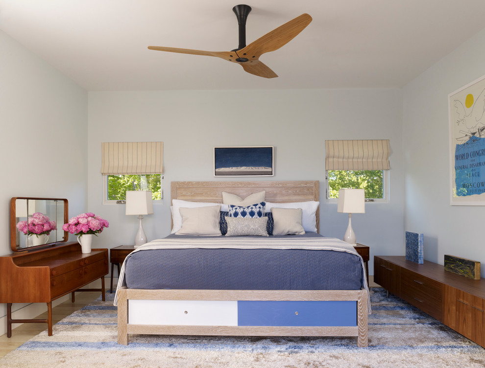 Battery Operated Ceiling Fan Which Is Decorated In Modern Bedroom Decoration With Comfy Bed And Nightstands