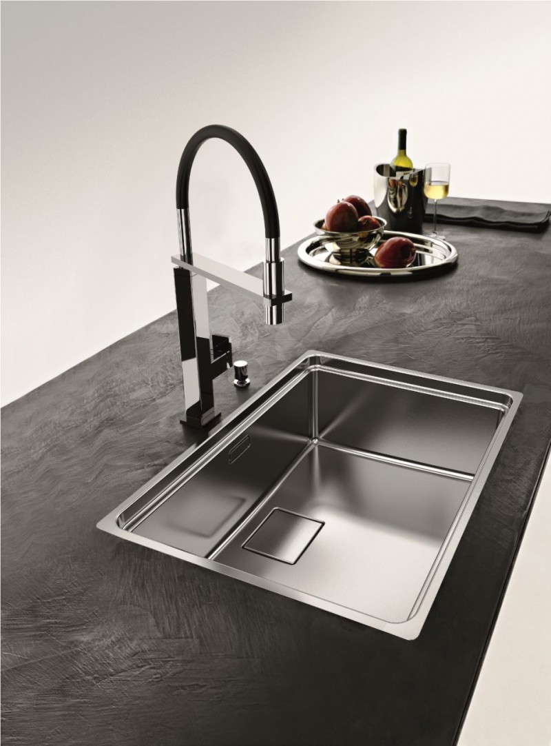 Best Kitchen Sink Material In Steel And Stylish Faucet For Modern Ideas Dark Countertops